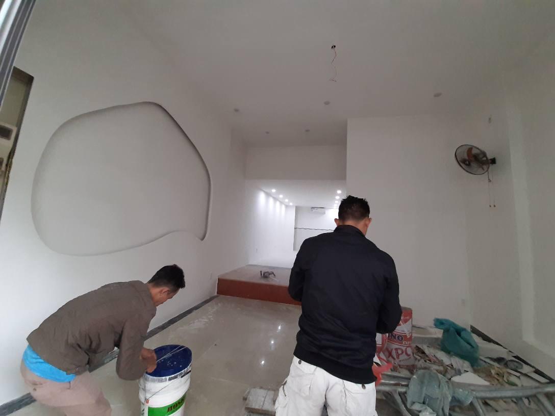 Ảnh thi công sơn lại nhà tại quận 12 của Thanh Tuyết