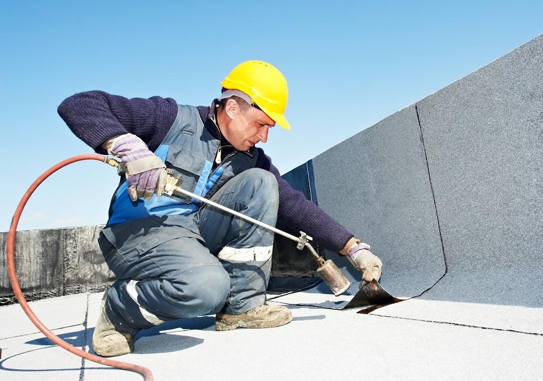 Dịch vụ chống thấm quận 4 - thợ chống thấm nhà